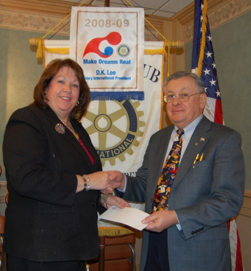 bank-supports-rotary-club-030609