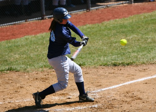 middlesex-softball-team-sweeps-doubleheader-041709