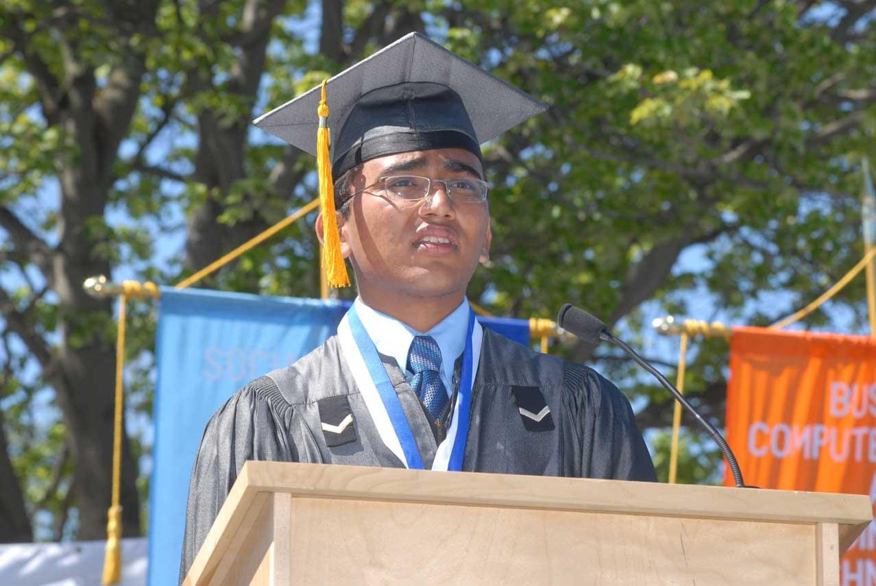 Valedictorian Saarth Shah